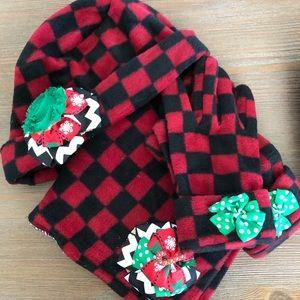Women's Fleece Winter Hat, Scarf & Glove Set